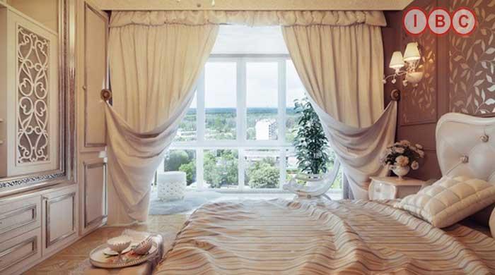 Mẫu rèm cửa sổ phòng ngủ đẹp kiểu Hoàng Gia