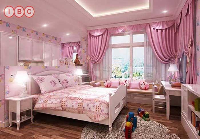 Mẫu rèm cửa sổ phòng ngủ màu hồng