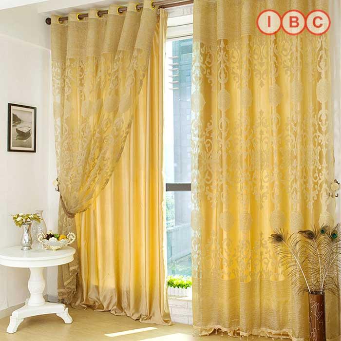 Rèm cửa sổ phòng ngủ màu vàng